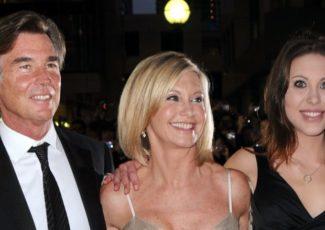 Did Olivia Newton-John's health take a turn for the worse? – Nicki Swift