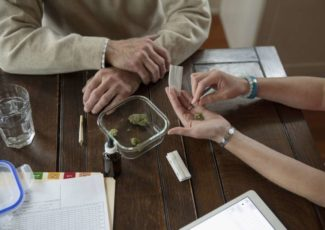 Seniors Are the Cannabis Market Few Companies Are Targeting – The Advocate