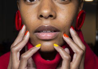 CBD Oil Gets the Green Light for Sensitive Skin – The Fashion Spot