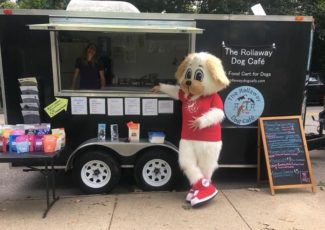 A food truck for dogs? Rollaway Dog Café serves healthy food for Pittsburgh's pups – NEXTpittsburgh
