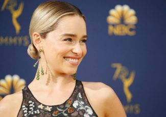 Emilia Clarke Just Reacted to the 'Game Of Thrones' Series Finale & We're Feeling Things! – Yahoo Lifestyle
