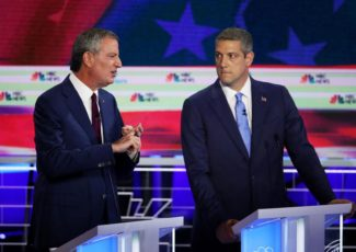 Late-night TV confronts a tough question: Are Democratic candidates funny? – Newsbug.info