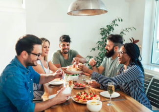 CBD Food Pairings: Which Flavor of CBD Goes with Your Meal?