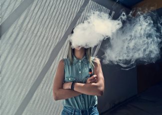 Everything We Know — And Don't Know — About The Dangers Of Vaping – HuffPost India