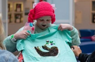 Target Unveils Limited-Edition T-Shirt Designed by Girl With Rare Disease – Yahoo Lifestyle