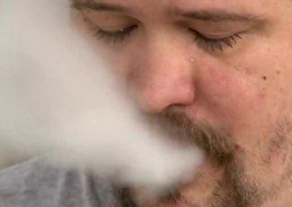 Vape juice chemicals: What are you inhaling? – KFDA