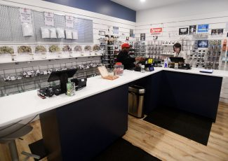 Jackson County's first recreational marijuana shop opens – MLive.com